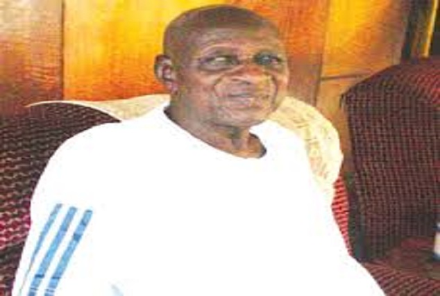 PA Dejo Fayemi, The First Nigerian Player To Play At Highbury Stadium Dies 1