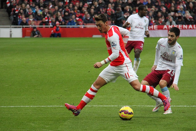 Ozil: We Need Maximum Points At Old Trafford 1