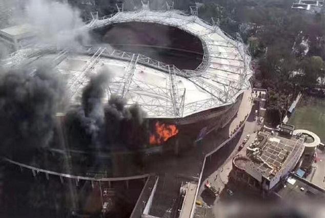 Shanghai Shenhua's Hongkou Football Staduim Damaged By Fire 1