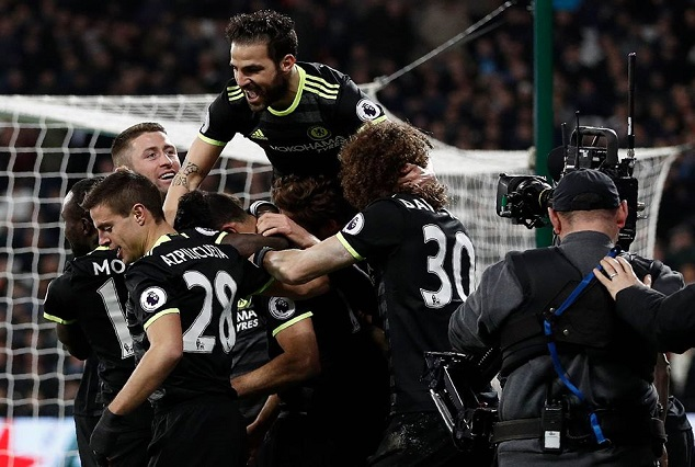 Chelsea One Step Closer After Sweeping Aside West Ham 1