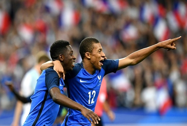 10-Man France Edge Out England In Stade de France Entertaining Friendly 3