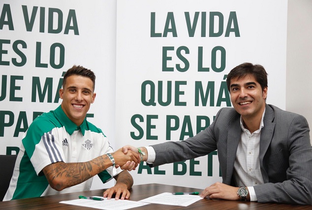 Official: Real Betis Secure Signing Of Barcelona Winger 1