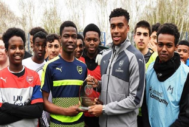 Alex Iwobi Wins Arsenal's PFA Community Champion Award 1