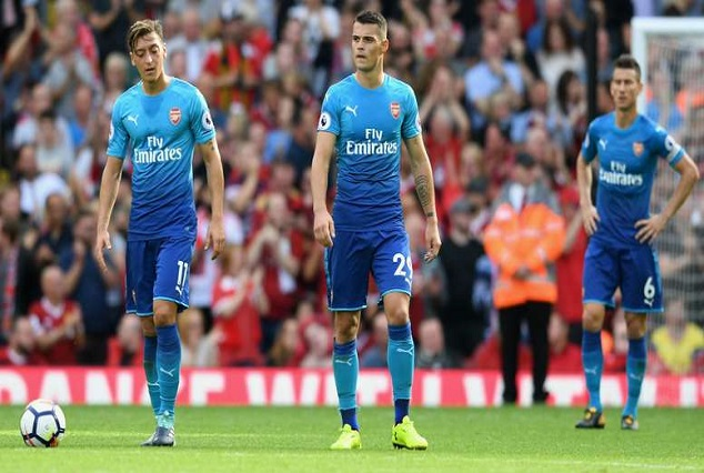 Arsenal Are In Total Crisis - Martin Keown 1
