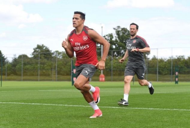 Alexis Sanchez Resumes Arsenal Training, Is He Staying? 3