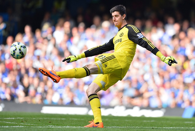 Video: Courtois Score A Stunning Bicycle Kick In Chelsea Training Session 1