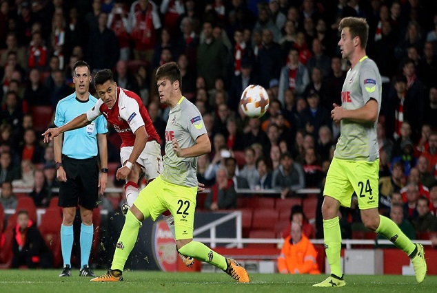 Alexis's Hits Stunning Curler As Arsenal Avoid Europa Embarassment 1