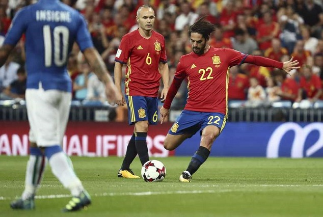 Spain Cruised To A Comfortable 3-0 Win Over Italy With A Splendid Show From Isco 1