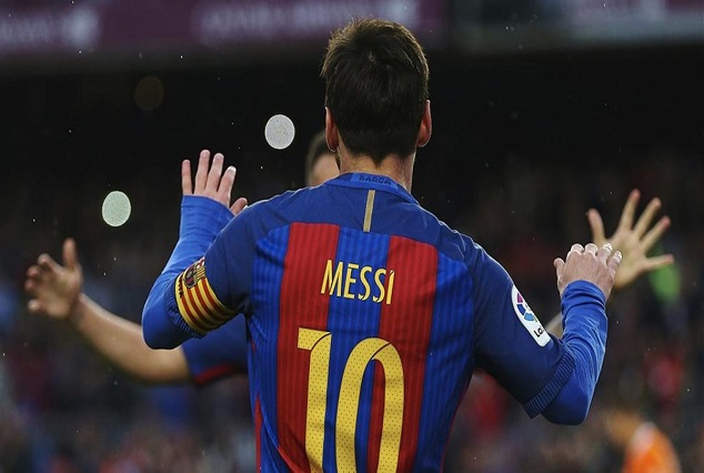 Excellence Is An Habit - Lionel Messi Outshining Real Mardid's BBC 1