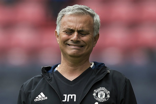 """Mourinho Aim A Jibe At Conte - """"I Should Cry Every Week About United Injuries"""" 1"""