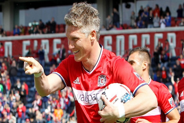 """Seriously ? German Lower League Side """"Buna"""" Offered Schweinsteiger Land, Beer To Sign For Club 1"""