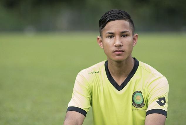Forget Messi & Ronaldo ! Meet 19-Year Old World Richest Footballer 7