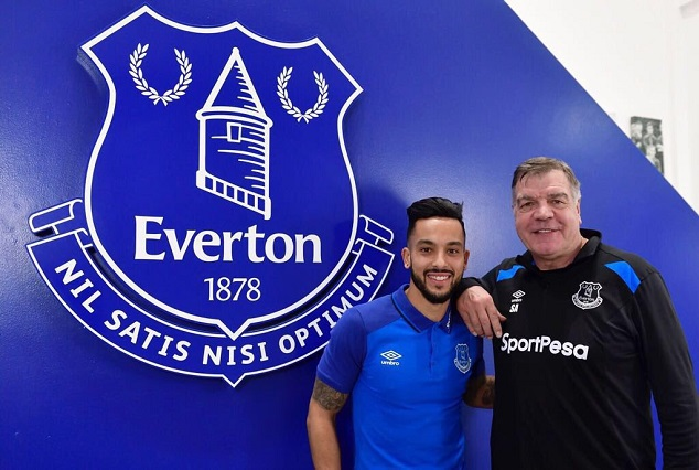 Official: Theo Walcott Pens Three-And-A-Half Year Deal With Everton 1