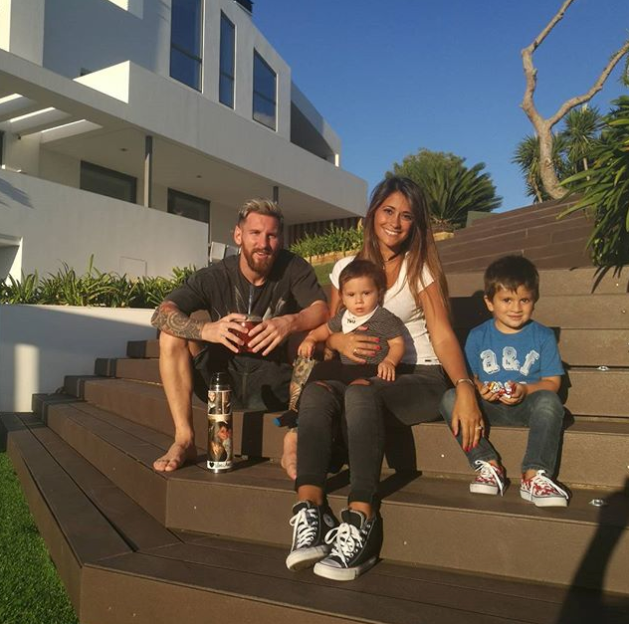 Airplanes Are Not Allowed To Fly Over Messi's House - Airline Boss