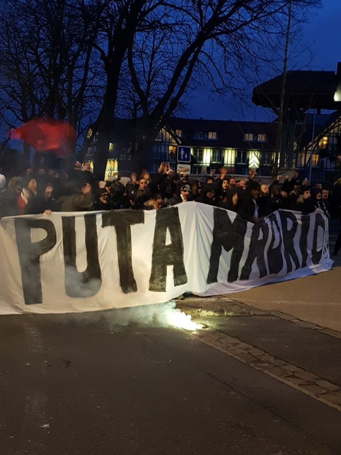 Paris Saint Germain Ultras Welcome Real Madrid With Abusive Banner 1