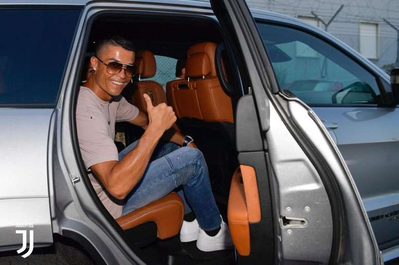 Ronaldo Give An Amazingly €20,000 Liberal Tip To Greek Hotel Workers 3