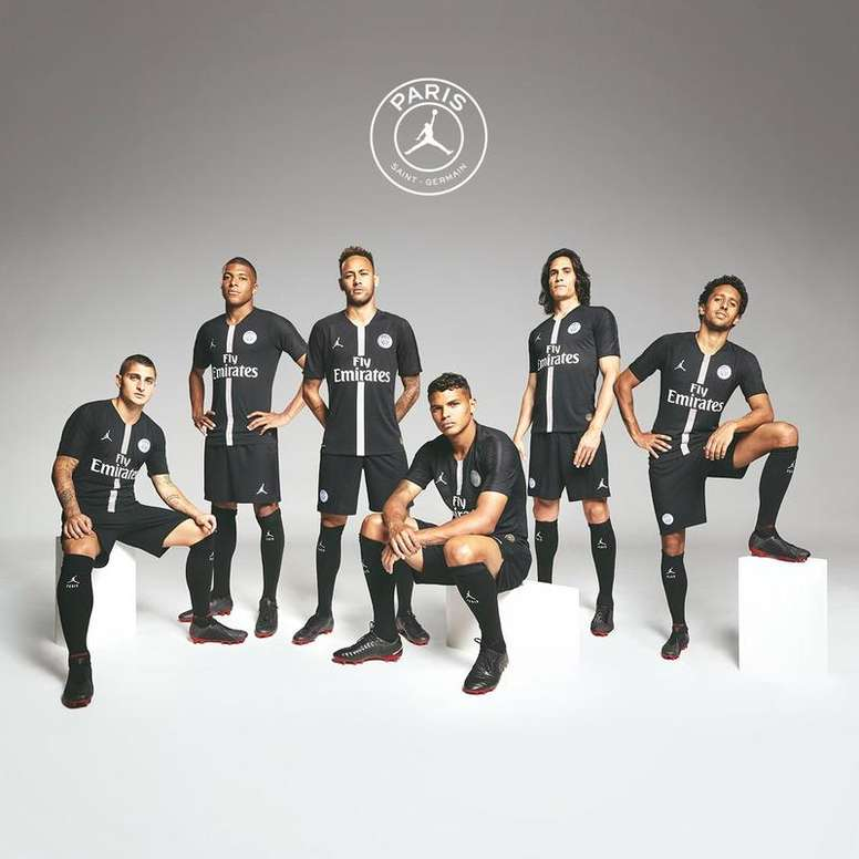 """PSG Sold Out New """"Jordan"""" Third Kit Within Hours Of Release 1"""