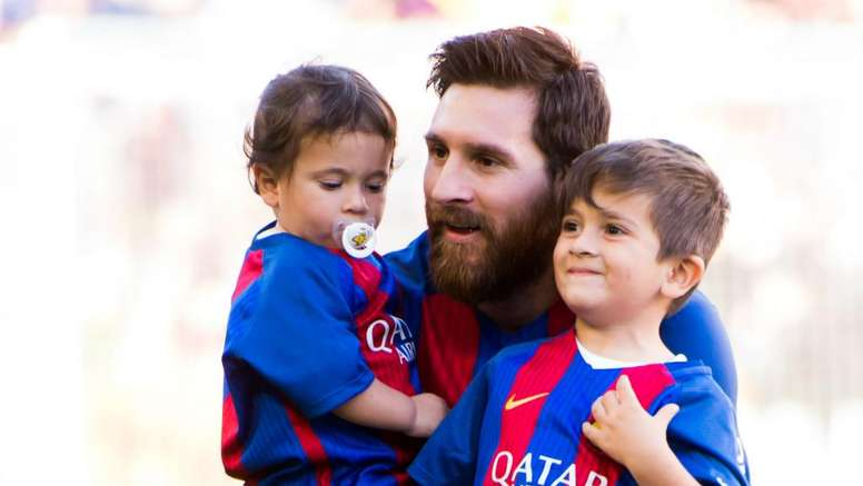 My Son Always Criticise Me - Lionel Messi 1