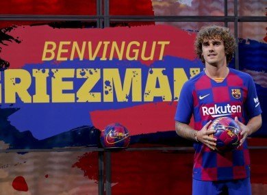"""""""Mop Haired Traitor"""" Griezmann Plaque At Wanda Metropolitano Defaced By Angry Fans Following Barca Move 3"""